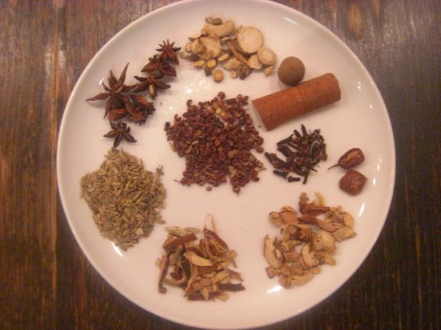 明楓の自家製中国香味煮込み